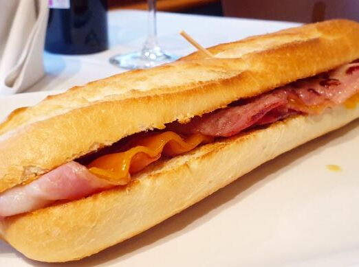 baguette_bacon_cheddar