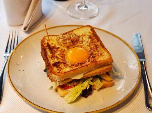 sandwich_de_la_casa